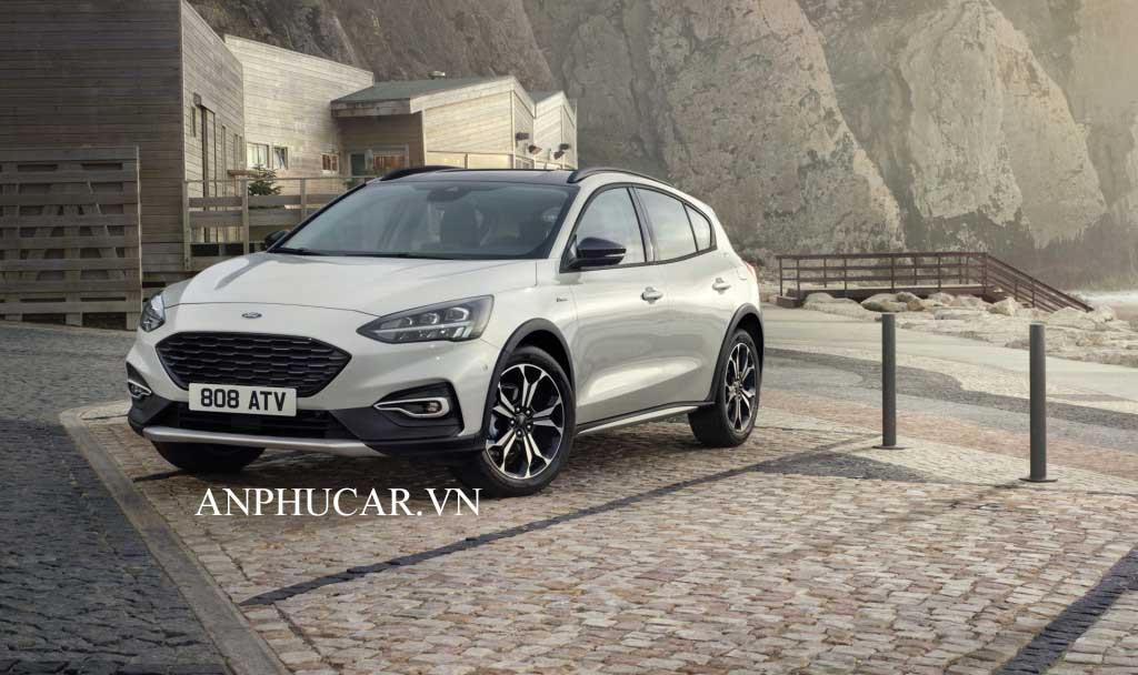 Giá xe Ford Focus 2020