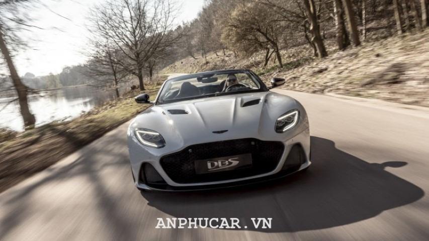 Aston Martin DBS Superleggera 2020 giá xe