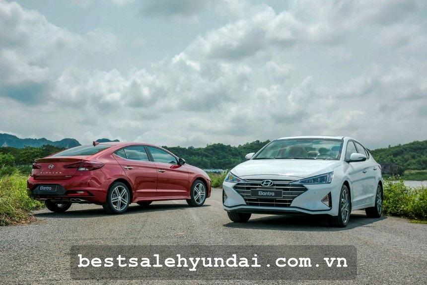 Gia Xe Hyundai Elantra